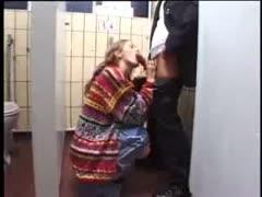Sex auf der Toilette