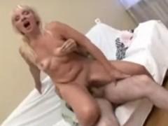 blonde milf geil und erfahren