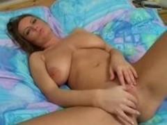 Amateur Fotze masturbiert vor Cam