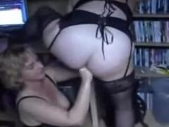 faustfick mit reifer lesbe