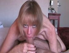 Mutter geil im Hotel gefickt